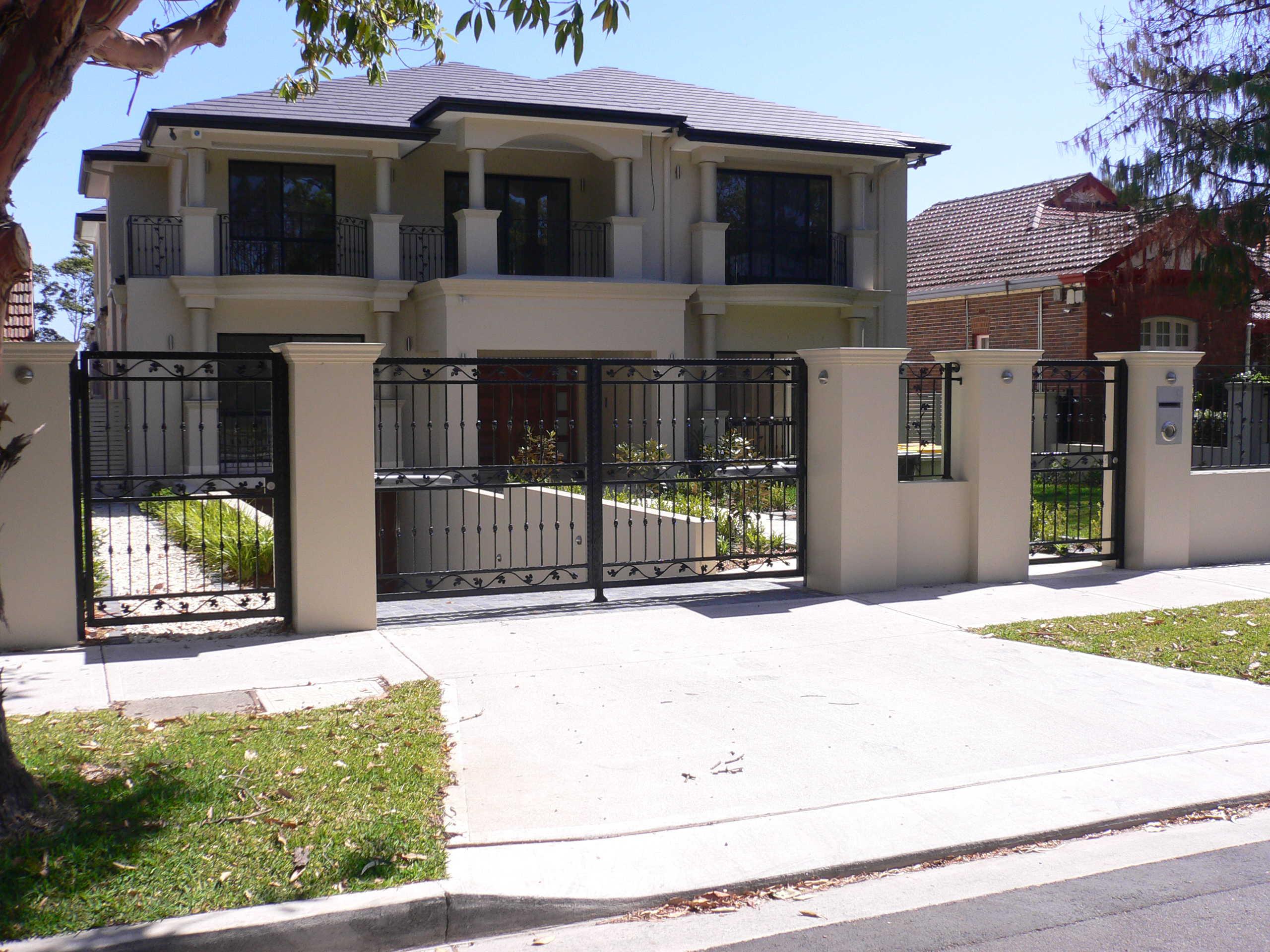 wrought-iron-balustrade